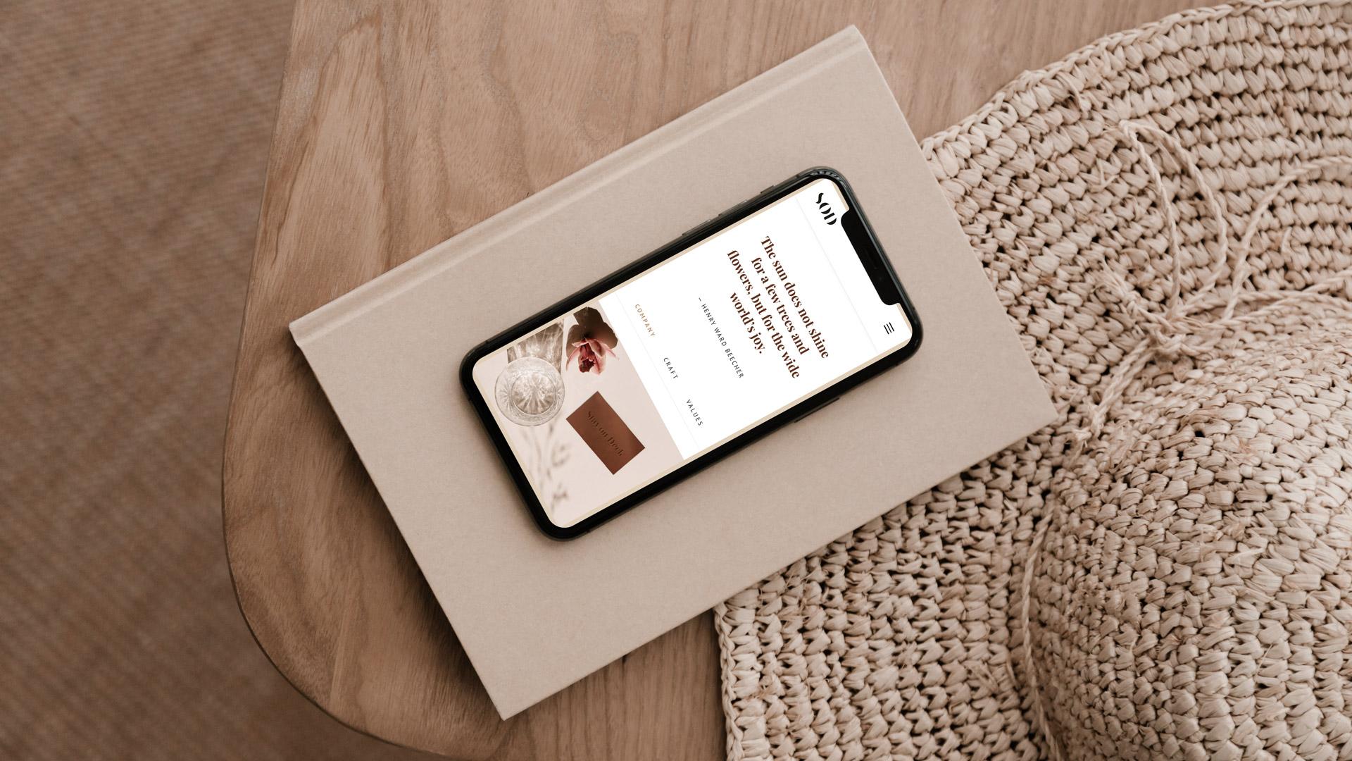 virtual gallery phone